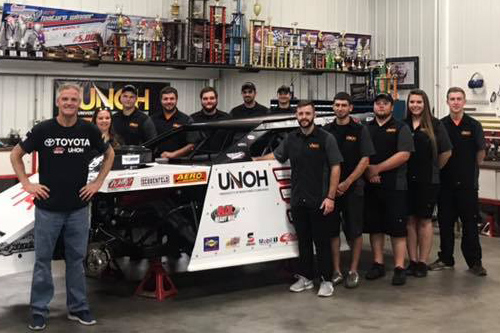 UNOH Motorsports Team members meet with Kenny Wallace