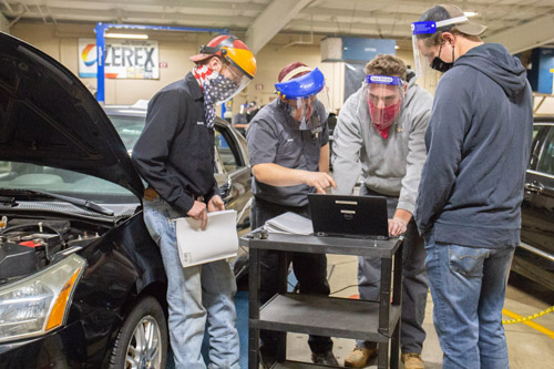 Students in Automotive Program at UNOH